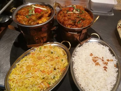 Curry Palace & Tandoor - Photos